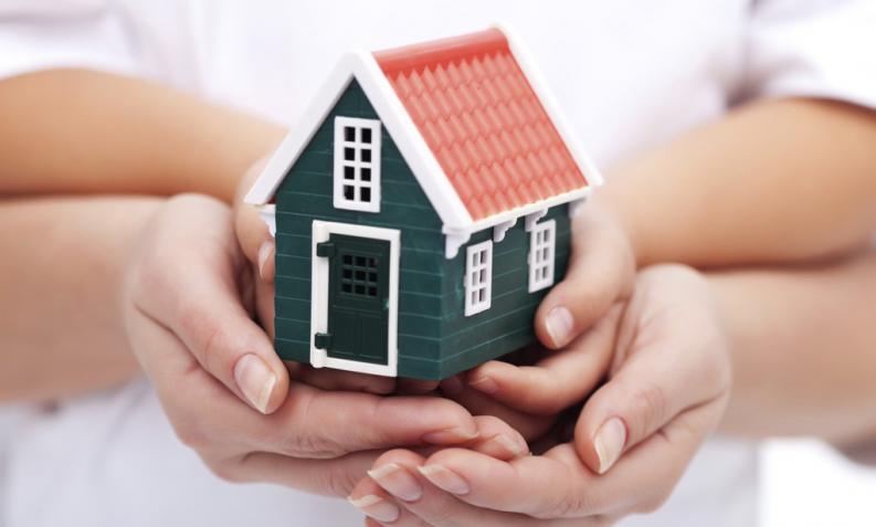 Opciones efectivas para dejar tu casa sola durante el verano