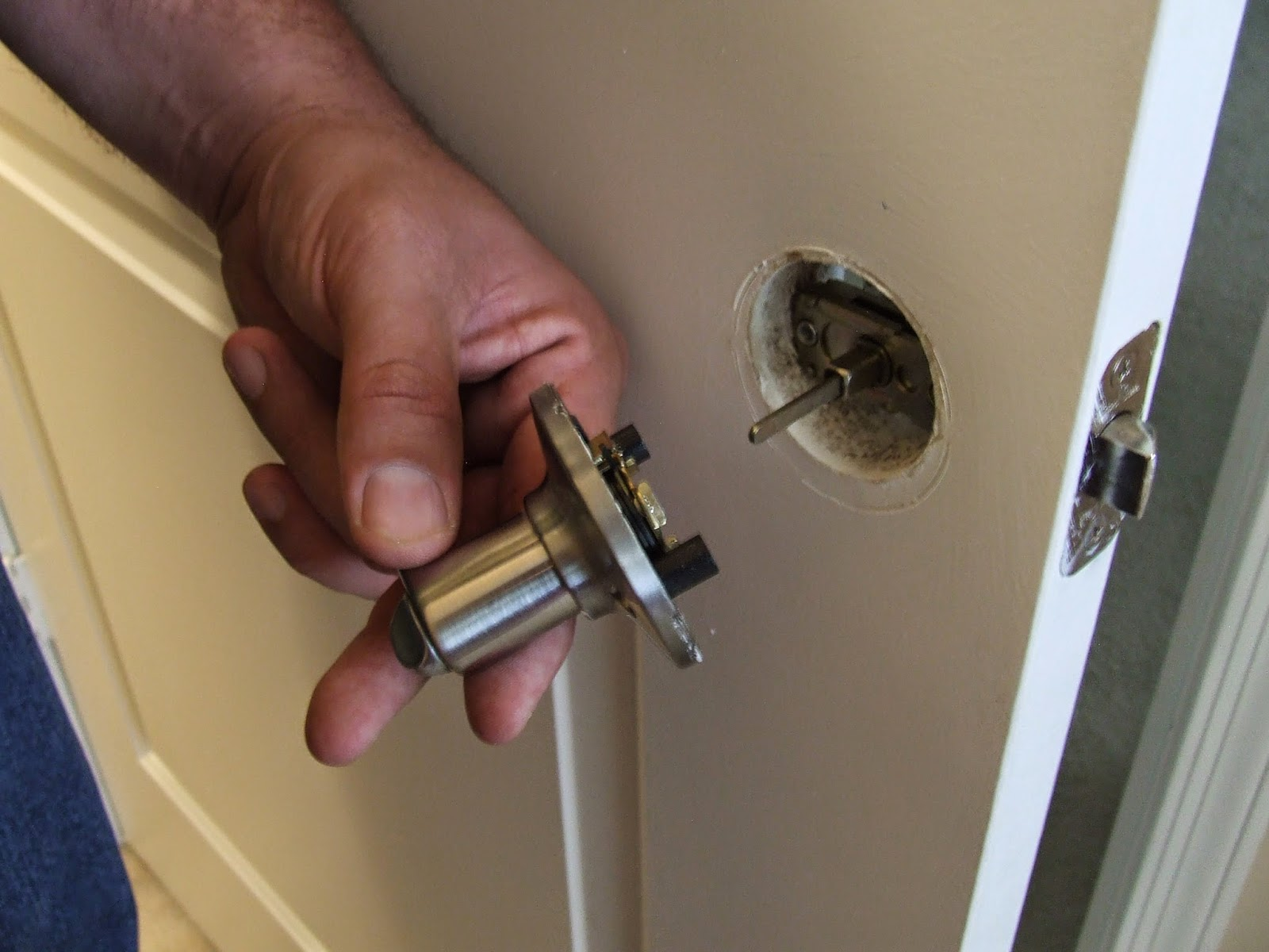 La seguridad de mi casa es un desastre